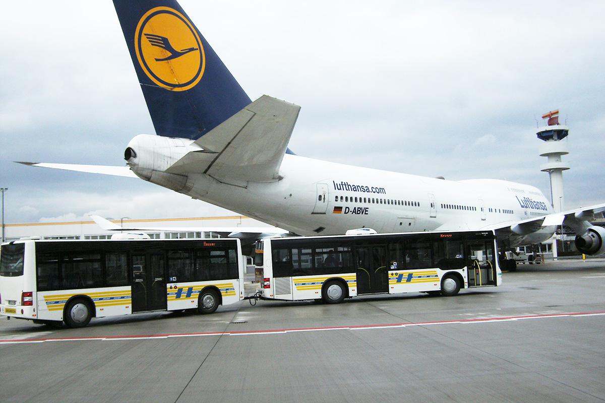 Shuttle Flughafen